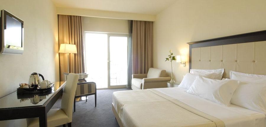 Villa Rosa Hotel, Desenzano, Lake Garda, Italy - Junior Suite bedroom.jpg